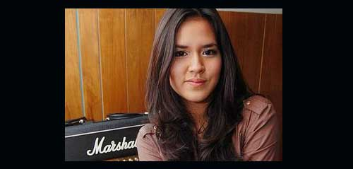 Video Cover dari Raisa