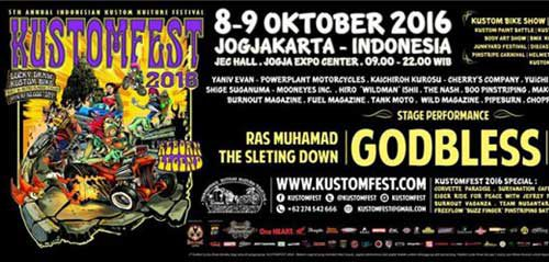 Band Legendaris God Bless Meriahkan Panggung Kustomfest 2016
