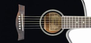 5 Gitar Akustik Elektrik Terbaik untuk Pemula