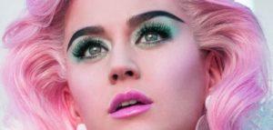 Katy Perry, Si Cantik dengan Lagu yang Menginspirasi
