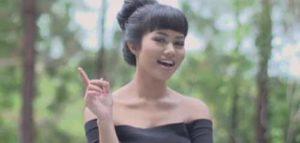 10 Koleksi Lagu Terbaik Yura Yunita
